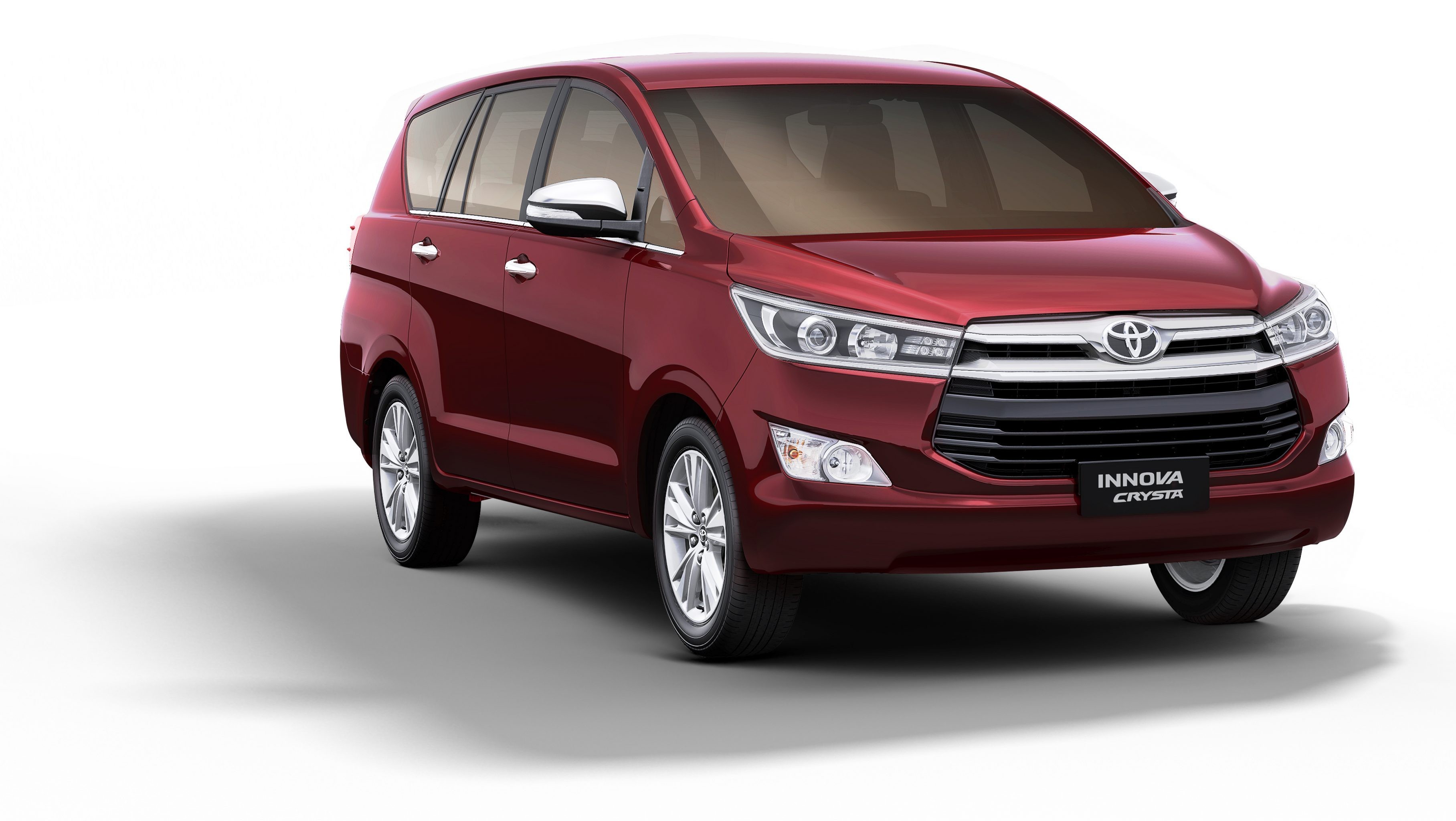 innova on rent in delhi with driver at dgs tours and travels